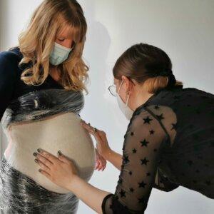 Abformung des Babybauchs
